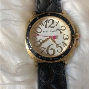 [Betsey Johnson] Black Leather Watch